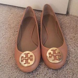 Tory Burch tan leather flats with gold emblem